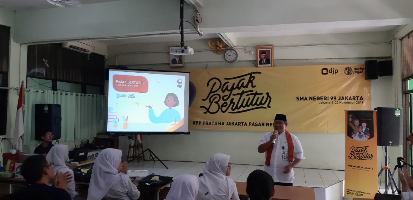 Penyuluhan Pajak Bertutur di SMAN 99 Jakarta oleh Kantor Pajak Jakarta Timur